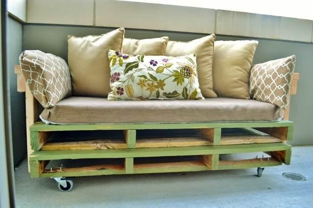 Pallet Plan - 21 DIY Pallet Sofa Plan And Ideas
